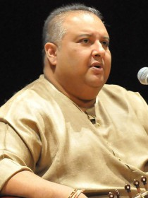 Ustad Shujaat Khan