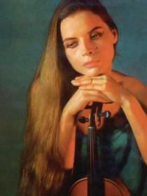 Los Mágicos Violines de Villa Fontana