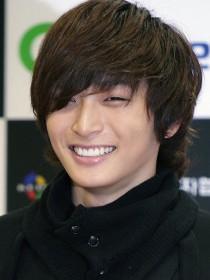 Jin Woon Jeong