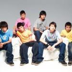 六甲乐团首张同名专辑详情